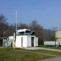 Betongebäude mit Gastrocknung und Gasreinigung